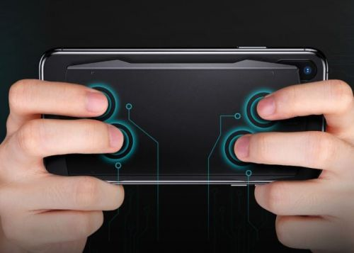 MUJA gaming touchpad sticks to the back of your smartphone