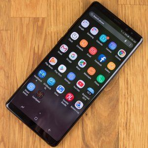Galaxy Note 8 available for crazy low $320 on eBay in 'excellent' condition with warranty