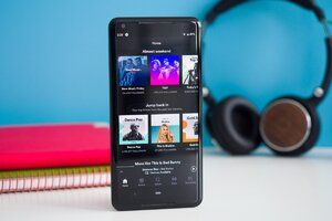 Spotify joins forces with Amazon and Bose to further boost its number of free users