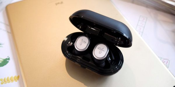 Jaybird Run Review: Truly wireless headphones gunning for Apple's AirPods