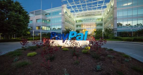 PayPal Users Can Now Withdraw & Deposit Money At Walmart