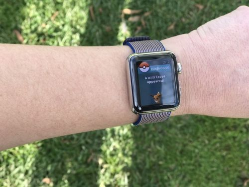 Load up your new Apple Watch with these tiny games!