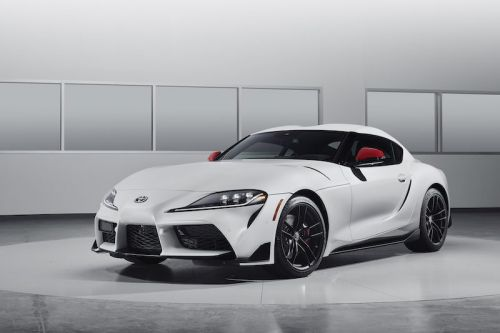 2020 Toyota Supra Features Wireless CarPlay
