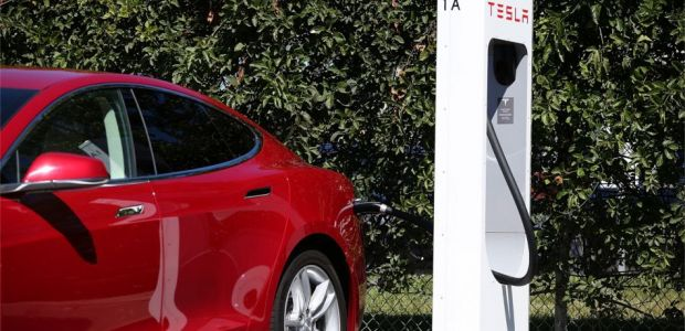Teslas Used As Ubers No Longer Welcome At Supercharger Stations