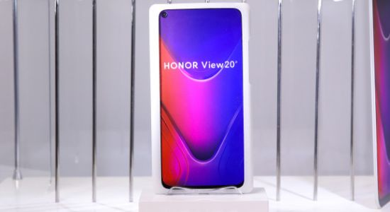 Huawei's Honor unveils View20 smartphone with in-screen selfie camera