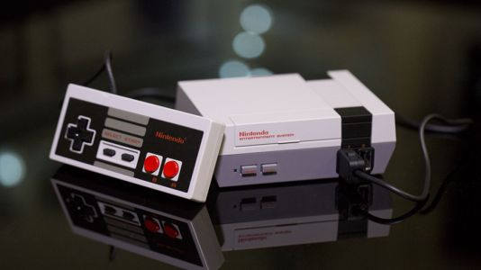 Nintendo's NES Mini is outselling the PS4 and Xbox One