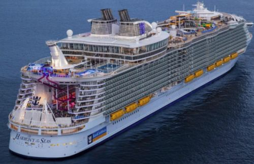 Royal Caribbean plans to turn cruise ships into high-tech vacation spots