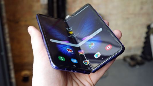 Samsung says it's investigating those Galaxy Fold screen problems
