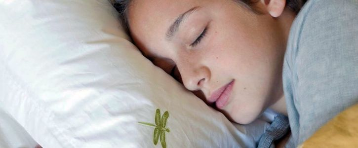 Sleep tracking apps could keep people up at night, claims doctor