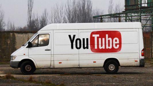"YouTube loses advertisers over ""wormhole into pedophilia ring"""