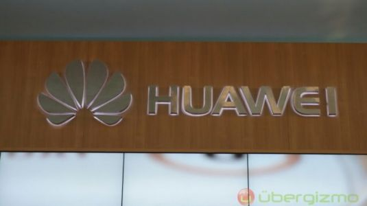 Huawei's First 5G Phone Will Have A Foldable Display