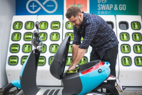 Gogoro raises $300 million for its battery-swapping technology