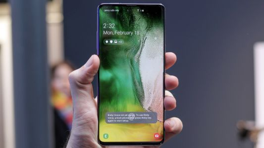 Xiaomi Mi 9 and Samsung S10 5G will make you want to use wireless charging