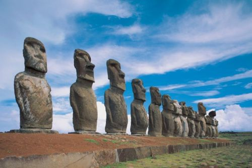 Scientists think they've solved one mystery of Easter Island's statues