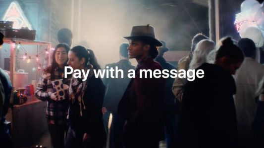 Apple touts Apple Pay Cash in latest iPhone X & Face ID ad