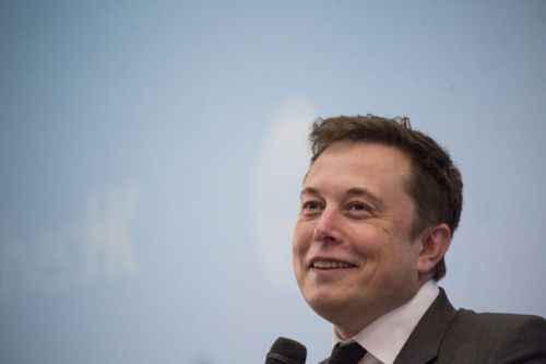 Huge pay package convinces Elon Musk to stay at Tesla for 10 more years