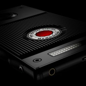 FCC approves RED Hydrogen One in titanium