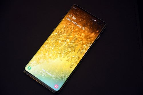 Hands on with the Samsung Galaxy S10 family