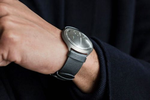 Smartwatch Concept From Ressence Shown At SIHH 2018