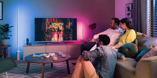 Philips Hue adds rigid light strips for vertical and horizontal use