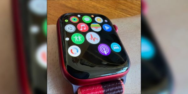 Some third-party app icons are missing on Apple Watch Series 7