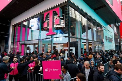 Justice Department Comes Out Against T-Mobile And Sprint Merger