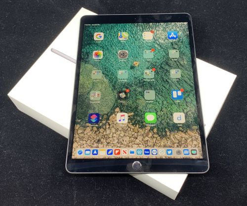 The New iPad Air May Have USB-C and a New Look