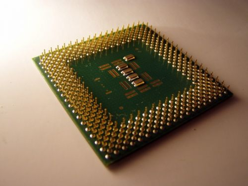 Intel disses and then copies AMD's multi-die CPU idea