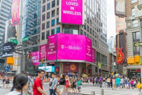 T-Mobile and Sprint extend merger deadline until July 29