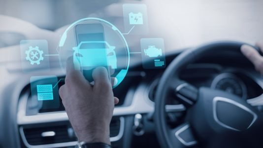O2 switches on 5G spectrum to power connected car tests