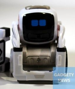 Anki Cozmo review - cute and clever