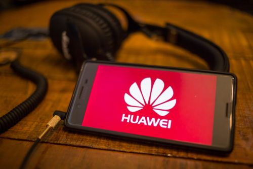 Report: DOJ pursuing criminal charges against Huawei for theft of tech