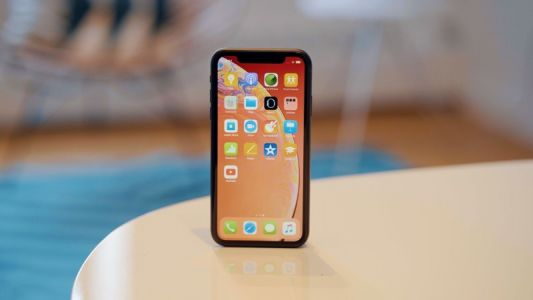 Ming-Chi Kuo Cuts iPhone XR Lifecycle Shipment Estimates by 30 Million