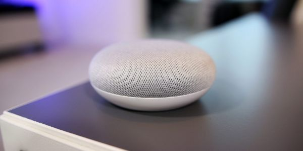Google Home Mini was top smart speaker in Q2 2018 as Assistant's gap w/ Amazon closes