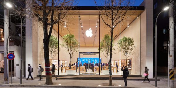 Apple takes market share from Samsung in Korean company's home market