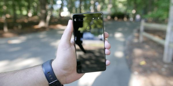 Andy Rubin AMA: Oreo coming soon as more features planned for Essential Phone, updates on Europe, Verizon, accessories