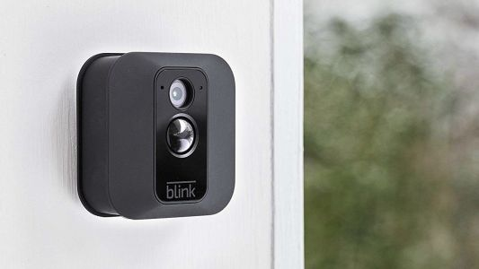 The Blink XT home security camera gets a $50 price cut at Amazon
