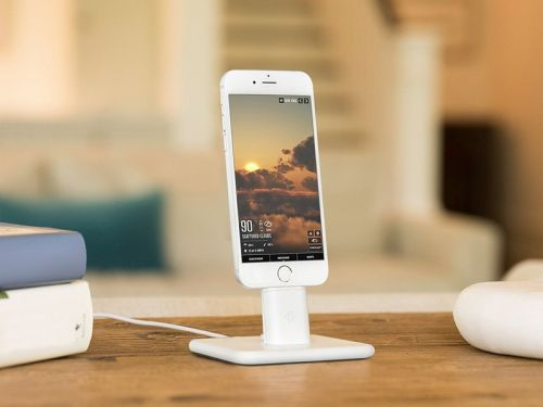Best Nightstand Charging Docks for iPhone in 2018
