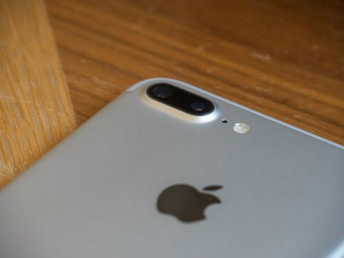 How to buy an unlocked iPhone in Canada