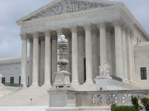 Supreme Court Rules Police Need Warrants to Obtain a User's Smartphone Location Data