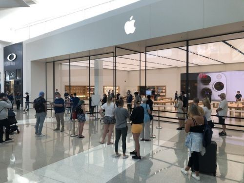 Apple is discouraging customers from lining up for iPhone launch day
