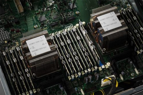 Intel's High-End Cascade Lake CPUs to Support 3.84 TB of Memory Per Socket