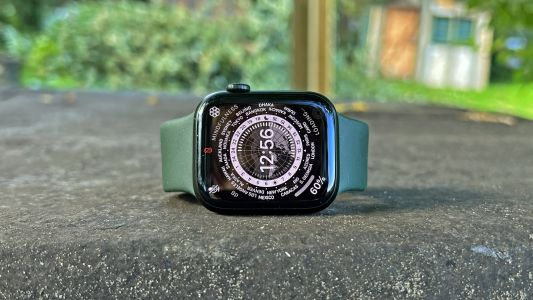 Apple Watch 7 has more in common with the iPhone 13 than you might expect