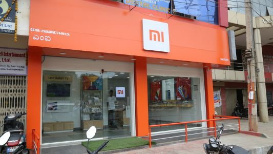 Xiaomi opens 500 stores across India simultaneously