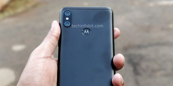 Motorola One Power allegedly leaks out in the flesh showing off notch, fingerprint sensor