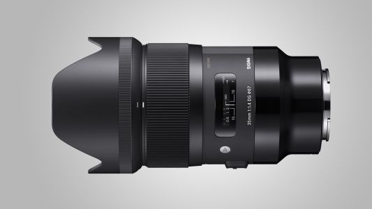 Sigma's Sony E-mount Art lenses will start shipping in May