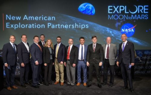 NASA takes a tangible step back toward the Moon with commercial program