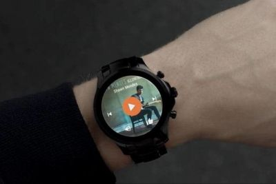 Armani Launches An Android Wear Smartwatch