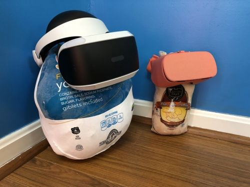 The best VR experiences to share with family this Thanksgiving