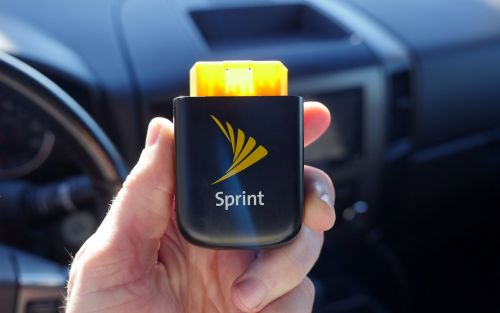 Sprint Drive Review: the all-in-one vehicle hotspot, tracker and diagnostics tool